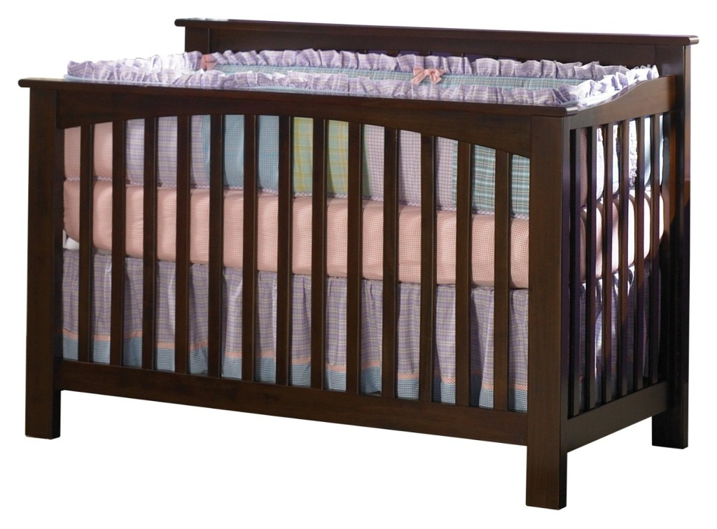 Top 4 Affordable & Eco-Friendly Cribs for Baby (Under $800)