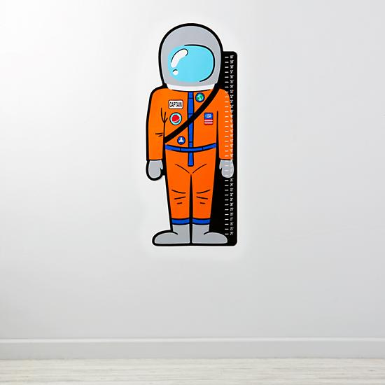 astronaut-decal-growth-chart
